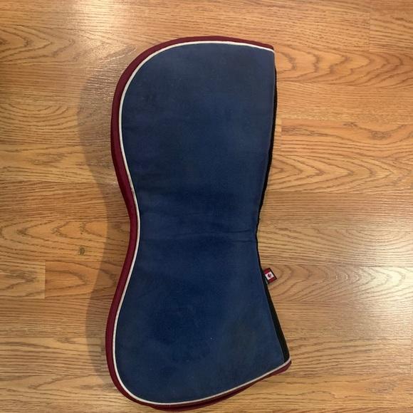 Ogilvy Custom Red/White/Navy half pad